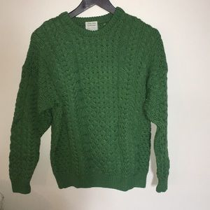Sweaters - NWOT unique 100% wool green knit sweater